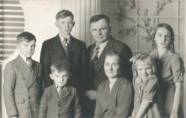 George and Liese (Boldt) Braun family
