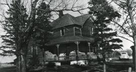 Grant Home in Osler