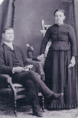 Isaak and Susanna Loewen