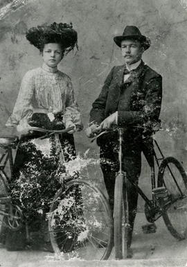 Kornelius Martens & Aganetha Bergmann on Bicycles