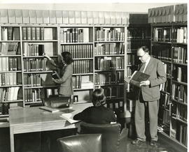 Alvin Thiessen in UN Library