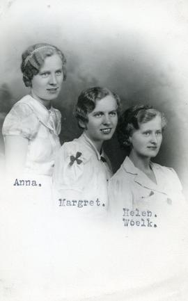 Anna, Margret and Helen Woelk